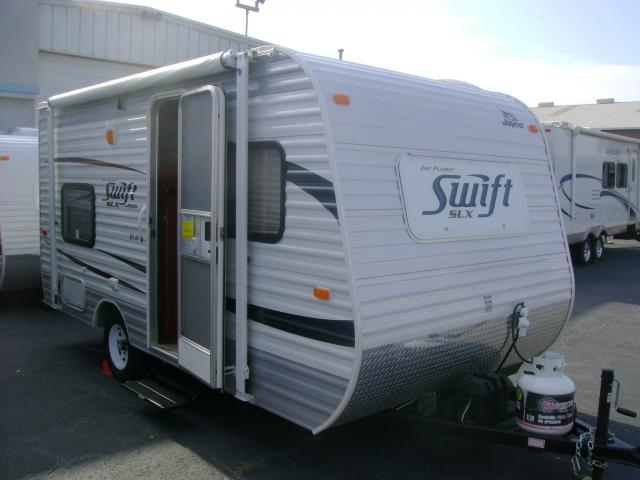 used rv travel trailer prices values by nadaguides. Black Bedroom Furniture Sets. Home Design Ideas