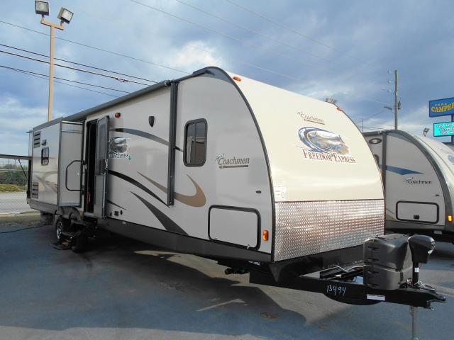 2014 Coachmen Freedom Express 320BHDS