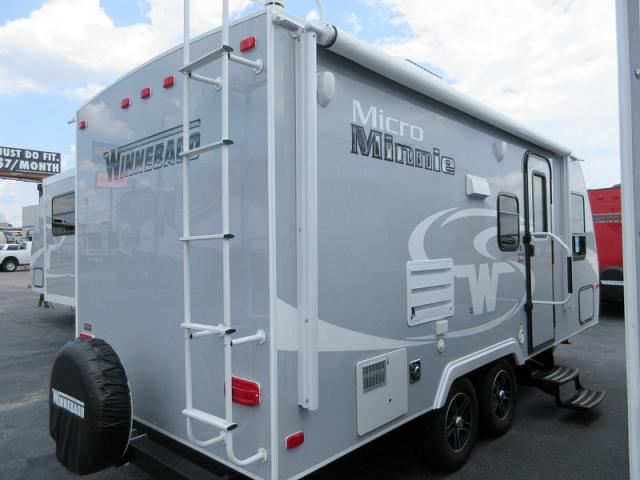 Perfect 2017 Winnebago Micro Minnie 2106FBS Travel Trailer