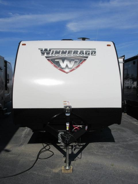 Wonderful 2017 Winnebago Minnie 2455BHS