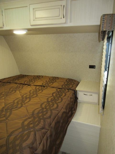 Brilliant 2017 Winnebago Minnie 2455BHS