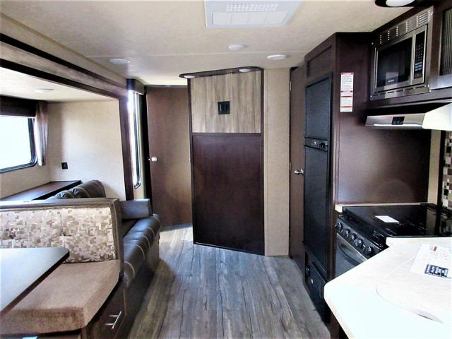 2018 FOREST RIVER CHEROKEE 29TE