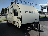 2015 FOREST RIVER R POD M177