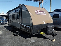 2018 COLEMAN LIGHT LX 1925BH